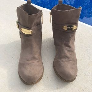 Micheal Kors Low Cut Boots - Size 3